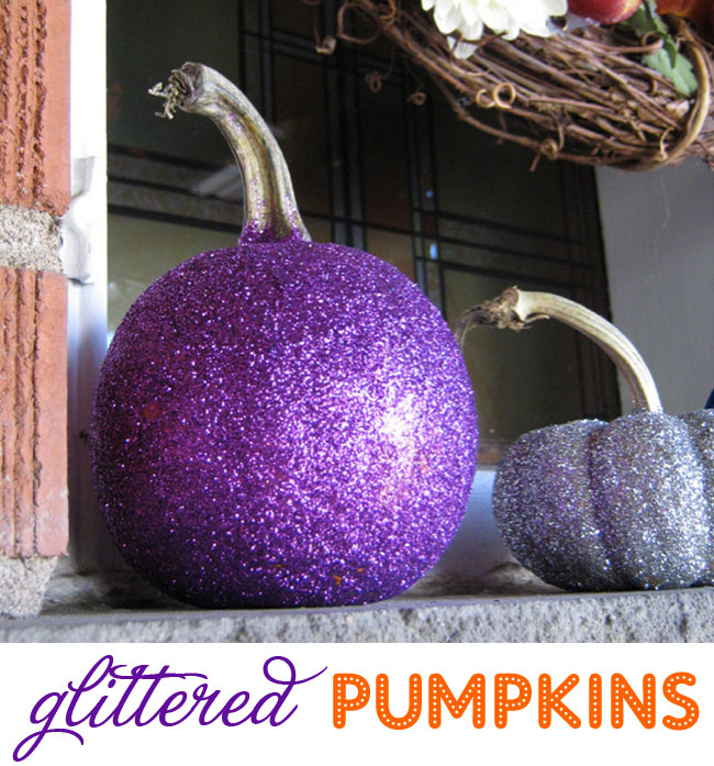 How to make FABULOUS glittered pumpkins for Halloween!
