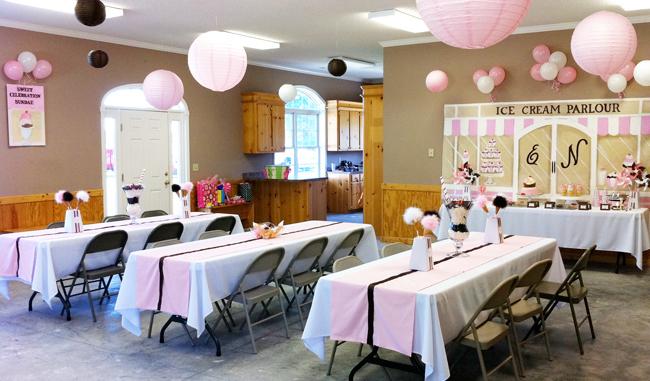 Ice cream parlour party: Ellison is 5! | Chickabug