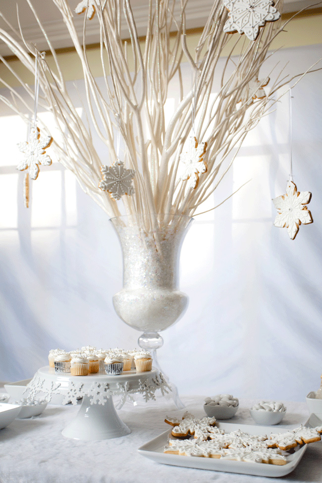 White christmas party decorations White christmas centerpieces