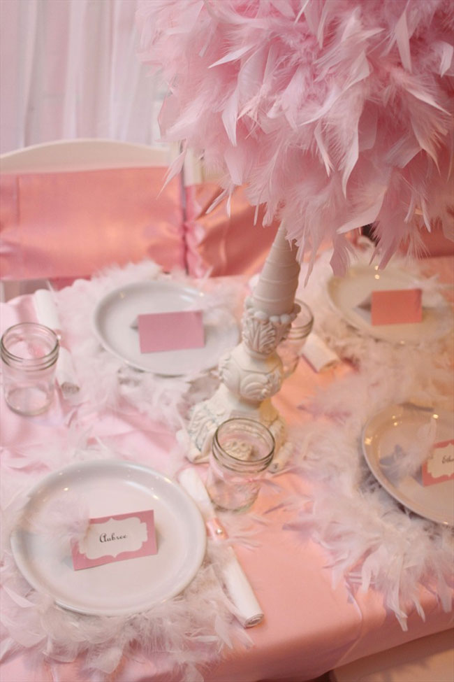 One pretty pin frilly feathery party table chickabug