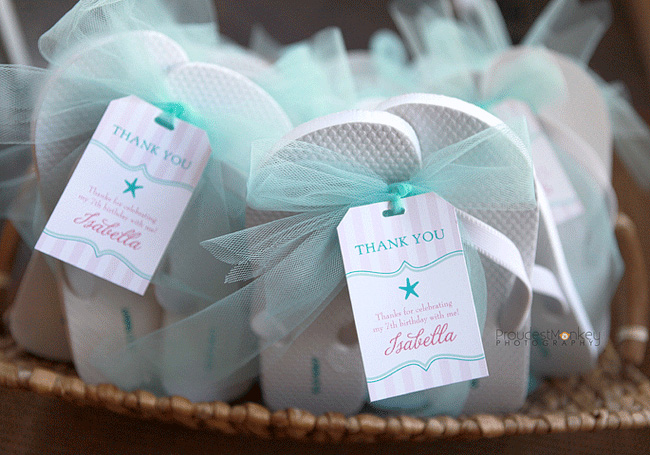 Mermaid party: Isabella is 7! | Chickabug