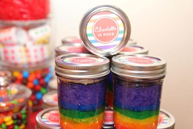 rainbow_cake_in_a_jar