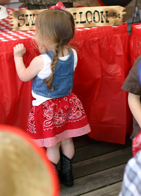 Country western party - adorable birthday girl outfit