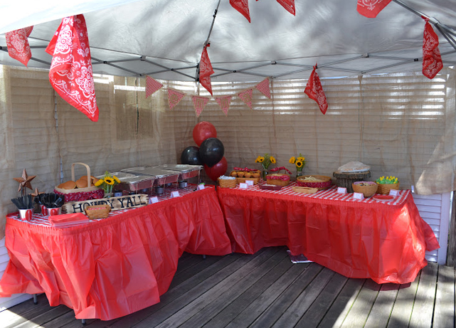 Country western cowgirl party table