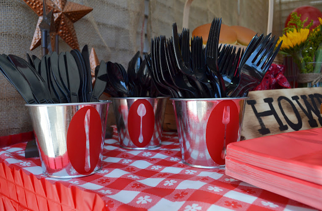 Country western cowgirl party - buckets of utensils