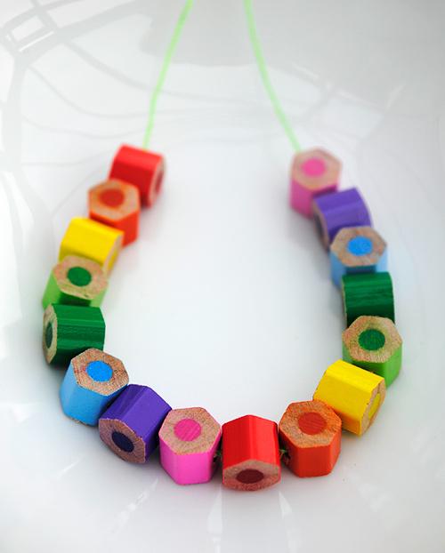 DIY colored pencil necklace