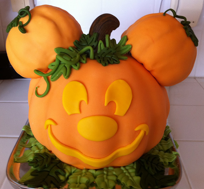 One Pretty Pin Mickey Mouse Pumpkin Cake Chickabug