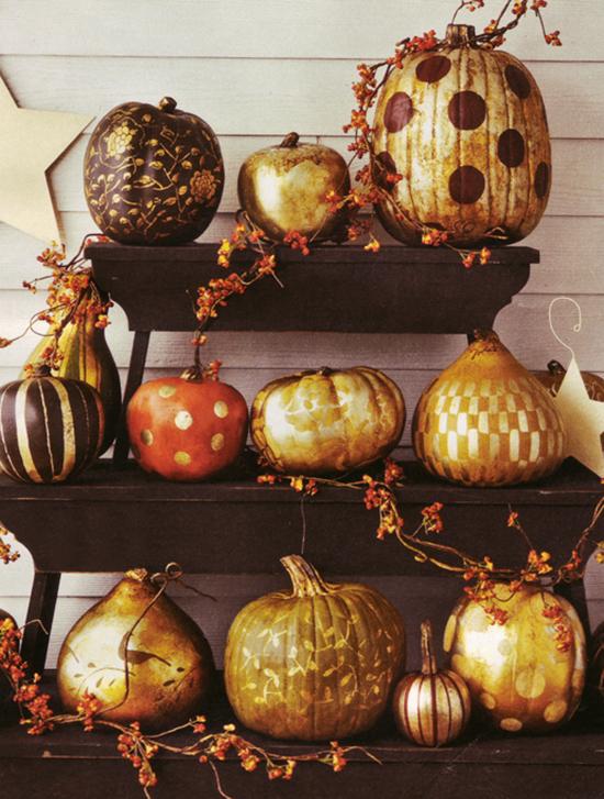 One pretty pin gilded pumpkins chickabug - Decoration de citrouille originale ...