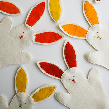 DIY Easter bunny hand puppets