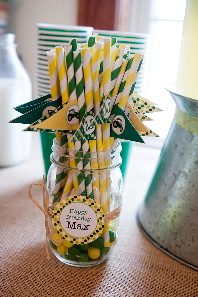 John Deere party straws - printables from Chickabug
