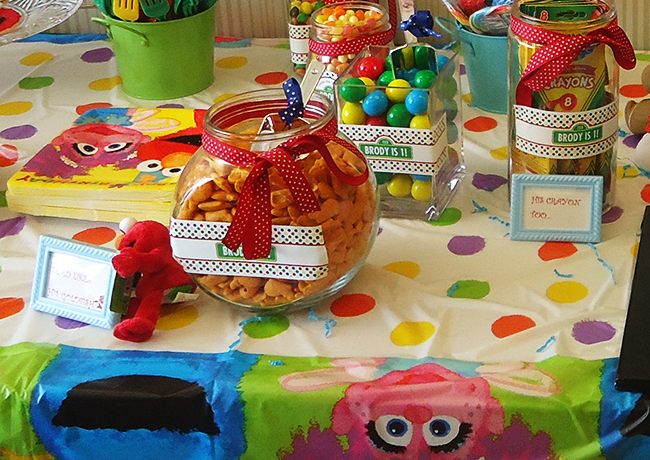 Dessert Table C Is For Cake And Carter besides Sugareduptoppers furthermore Kids Cakes also Paula Abdul 80s besides Sesame Street School Bus Step Above Cake. on oscar sesame street cake