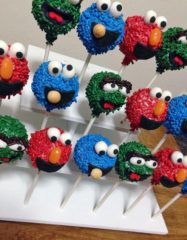Sesame Street cake pops!!
