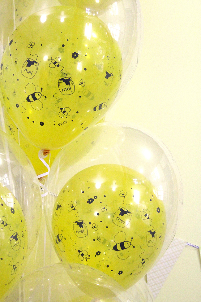 Bumblebee party balloons