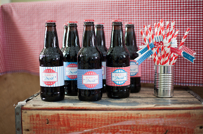 Vintage crates and soda bottles - printables from Chickabug