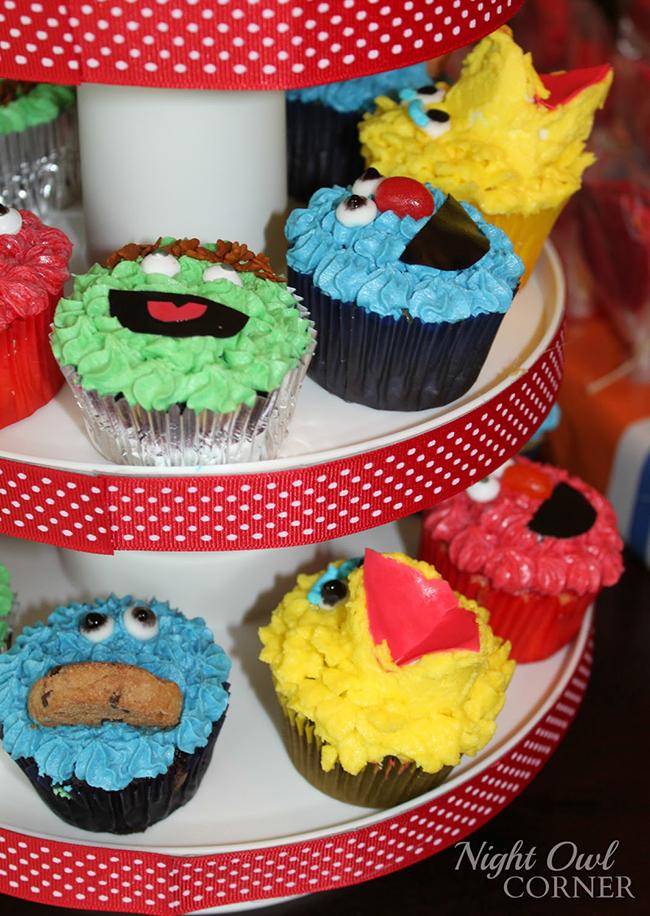 Sesame Street birthday cupcakes