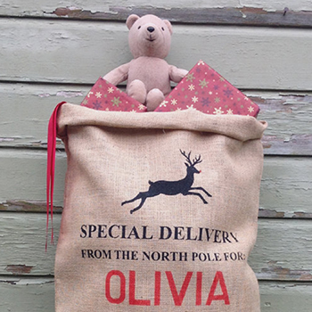 Personalized Santa sacks from Silver Bobbin (silverbobbin.etsy.com)