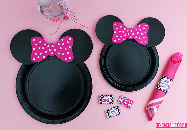 Free printable Minnie Mouse plate ears plus personalized party printables from Chickabug & Free printable Minnie Mouse ears for plates - hot pink baby pink ...