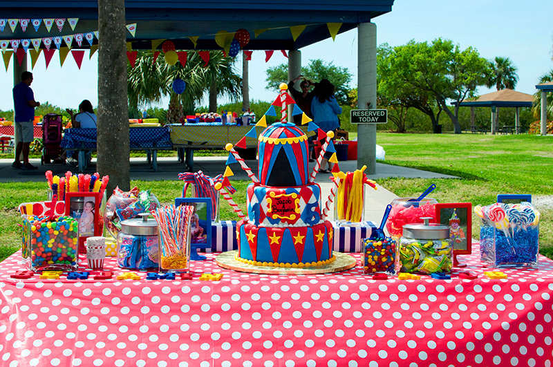 Amazing carnival theme party!