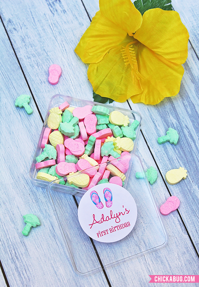 Easy (and adorable!) luau party favors! Personalized stickers and luau theme candy : )