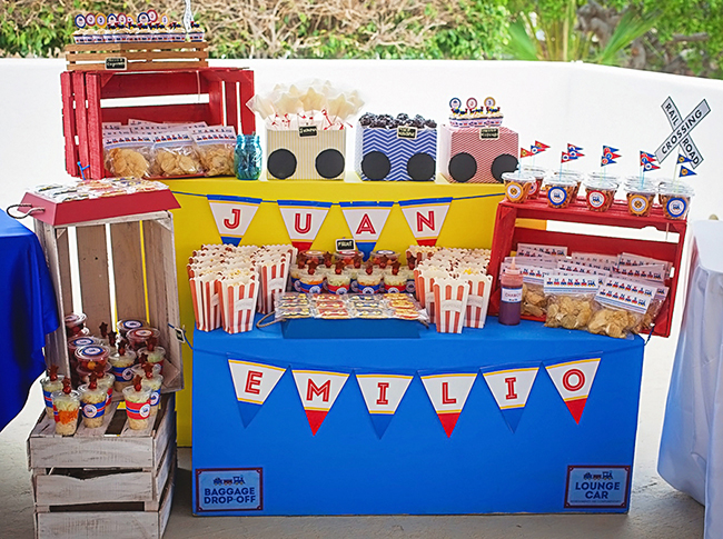 Awesome train party! Printables from Chickabug