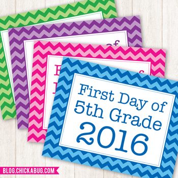Free printable 1st day of school photo signs for 2016!