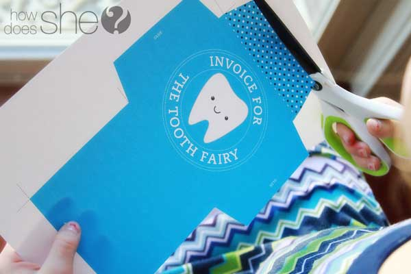FREE printable Tooth Fairy kit available in blue or pink