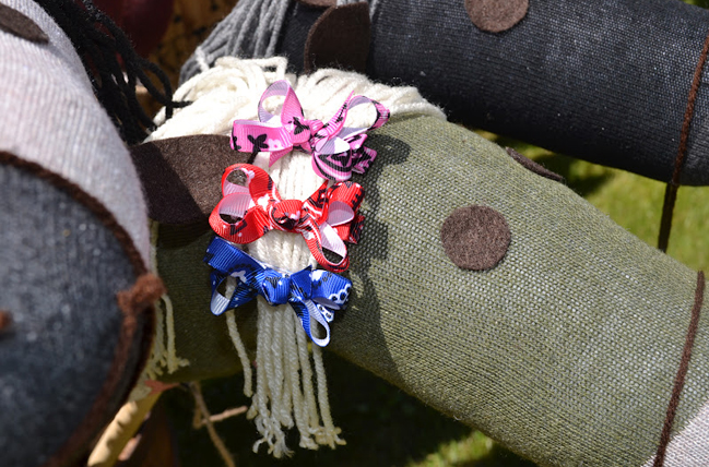 Country western party favor - handmade sock horses and bows by Emmy's Closet