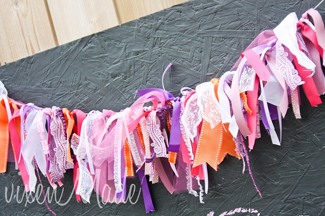 Fancy Nancy party - DIY ribbon garland
