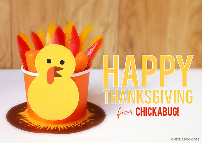 Free printable turkey snack from Chickabug - make fun treat cups for Thanksgiving!