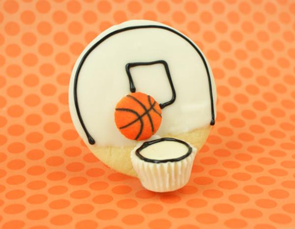 """Slam dunk"" basketball cookies"