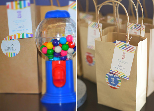Carnival birthday party goodie bags - printables from Chickabug