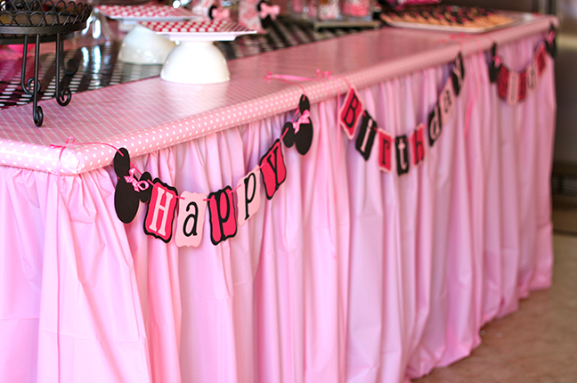 Minnie Mouse Party Banner