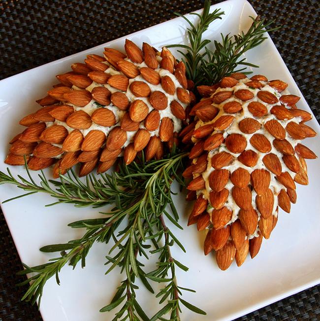 Pine cone cheeseball