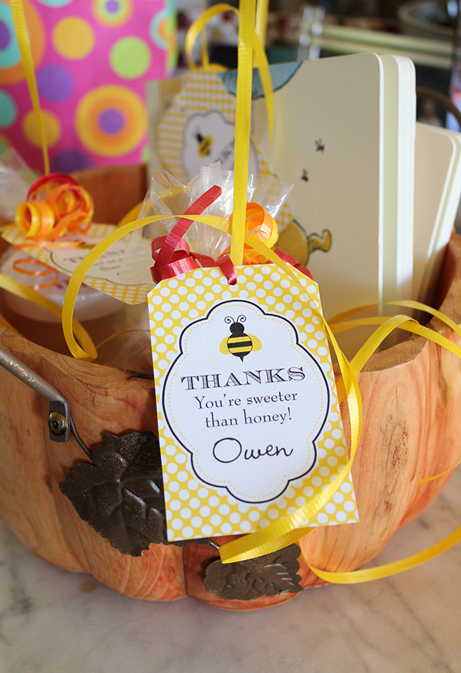 Winnie The Pooh First Birthday Party Favors - printables from Chickabug
