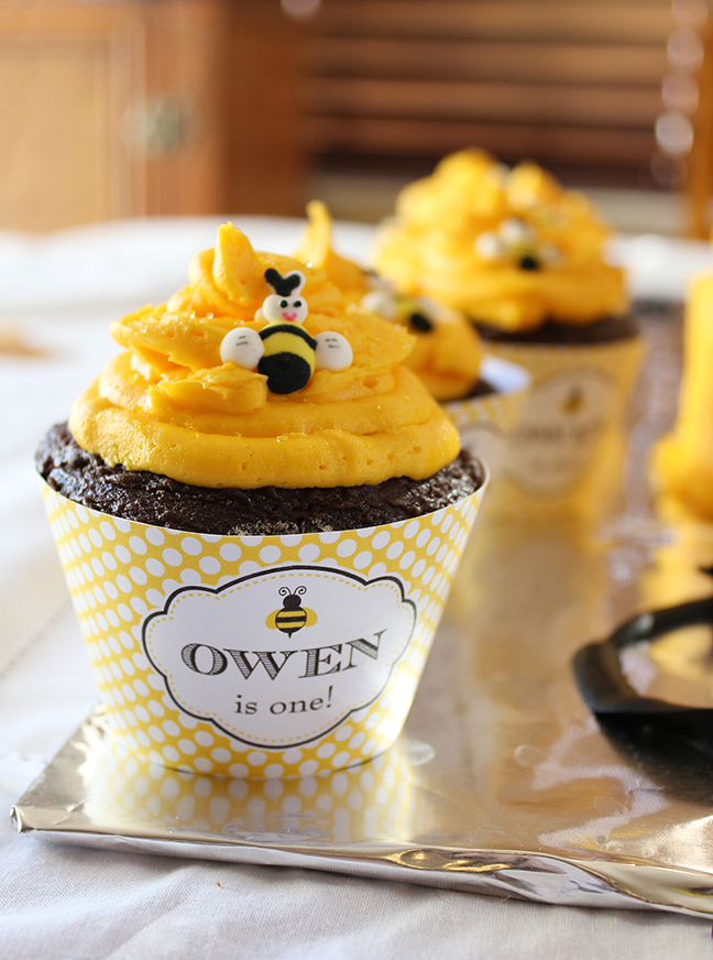 Bumblebee Cupcakes - printable wrappers are from Chickabug