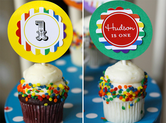 Rainbow sprinkle cupcakes with printables from Chickabug
