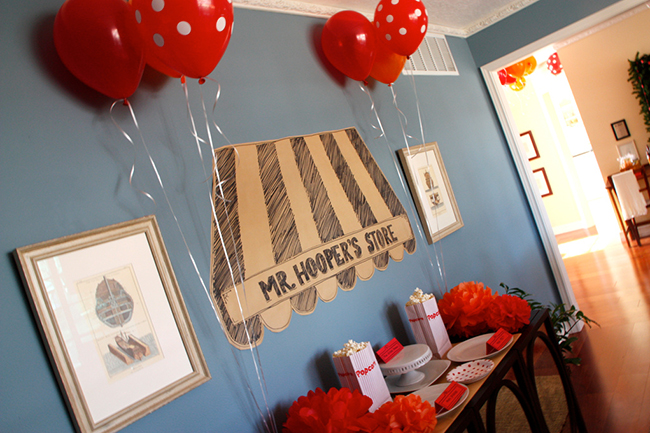 Elmo theme birthday party - Mr. Hooper's Store, so cute!