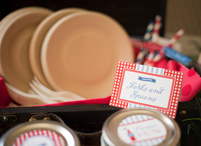Indoor vintage picnic with printables from Chickabug