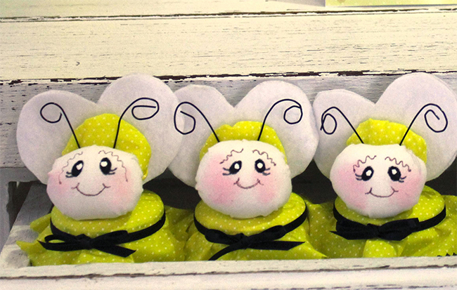 Bumblebee party favors