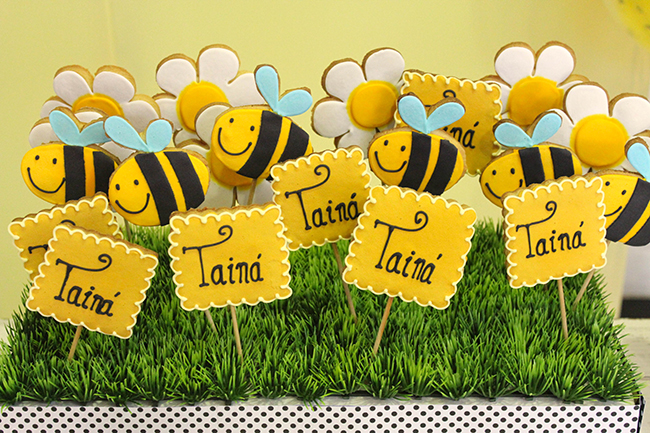 Bumblebee party cookies