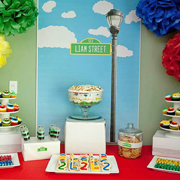 Sesame Street birthday party - tons of ideas!