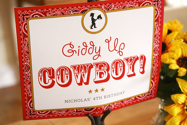 Country-western birthday party - printable welcome sign from Chickabug