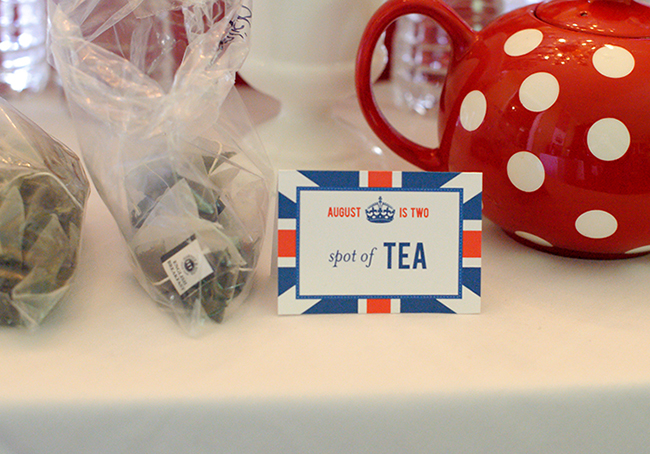 """London Calling"" 2nd birthday party - a spot of tea! DIY printables from Chickabug"
