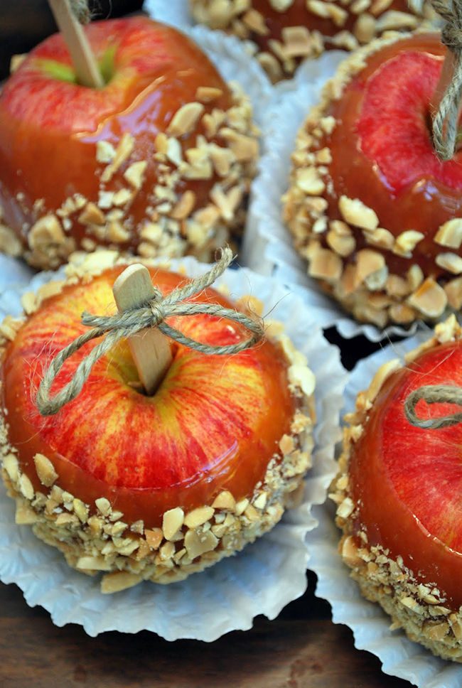 Caramel apples - adorable presentation idea with the twine ribbons!