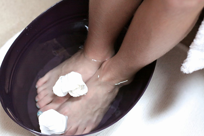 Spa theme party favors - personalized pedicure tubs