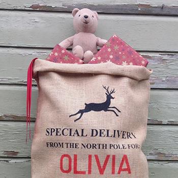 Personalized Santa sacks from Silver Bobbin (silverbobbin.etsy.com)