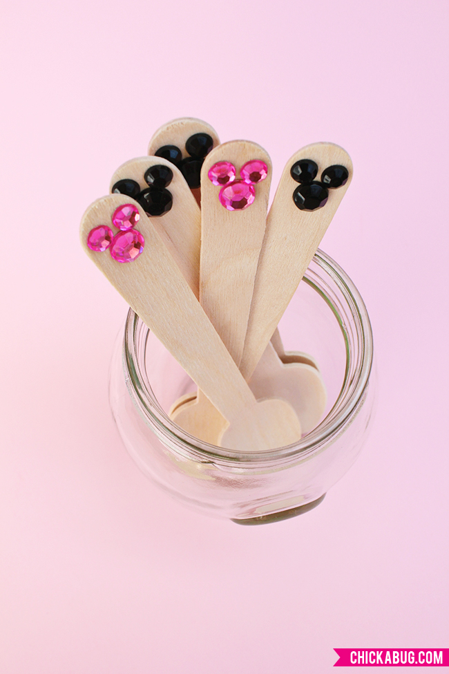 How to make jeweled Minnie Mouse spoons