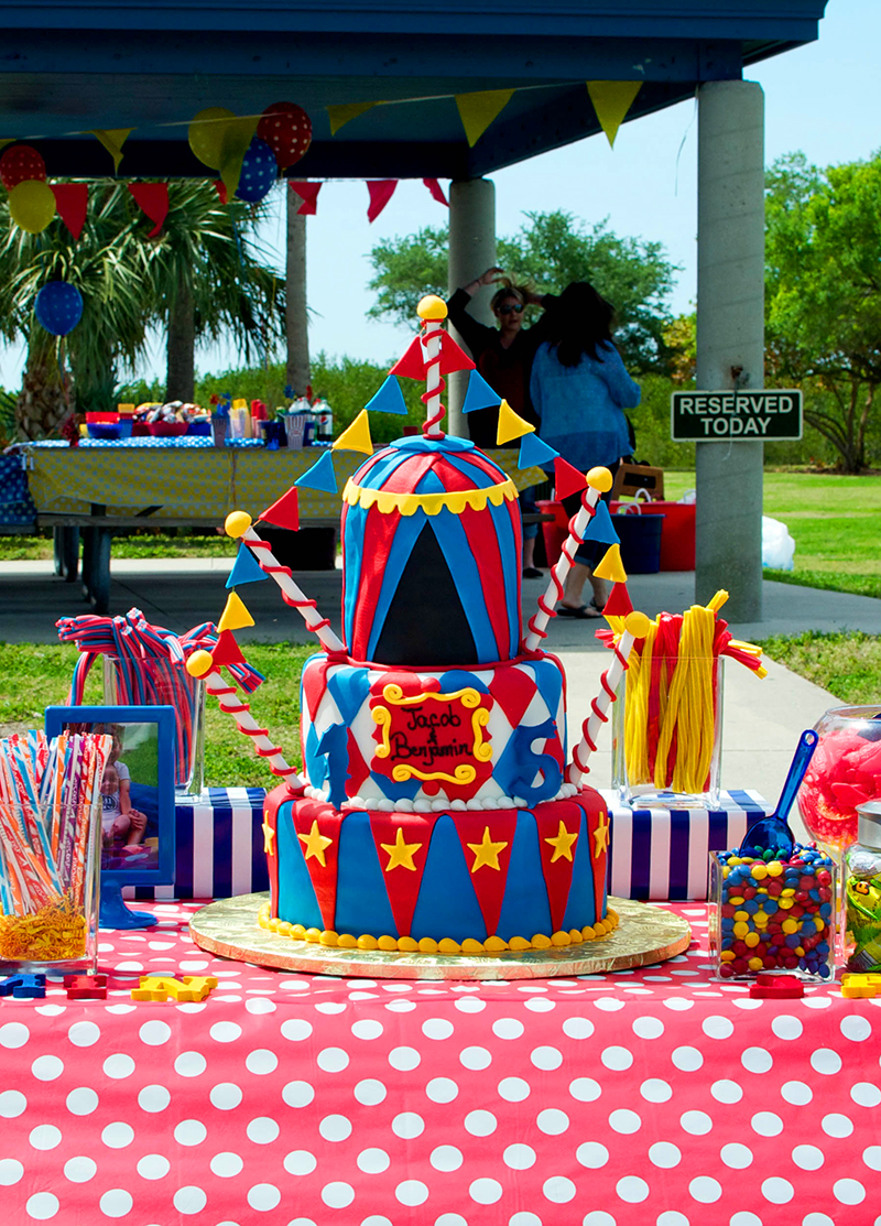Amazing carnival theme birthday cake!