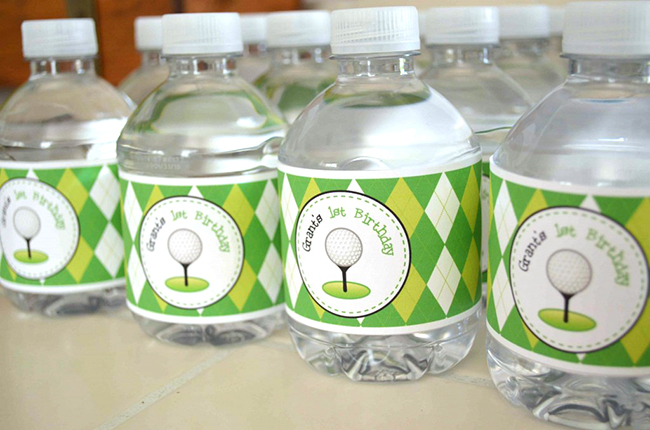 Golf theme water bottle labels from Chickabug