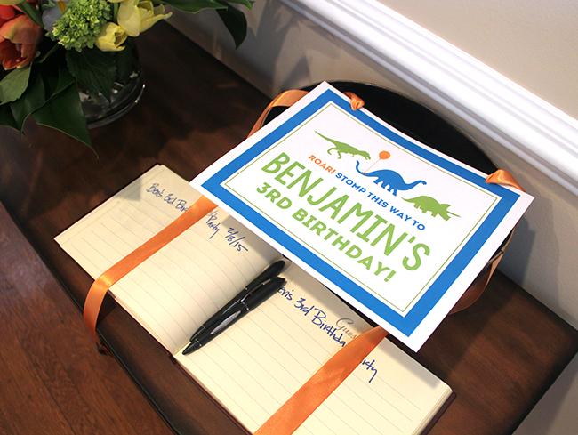 Dinosaur theme birthday party! Printable sign from Chickabug